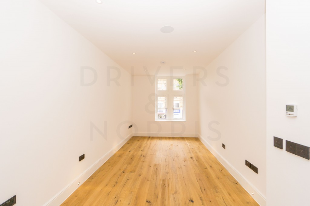 Images for Parkhurst Road, London EAID:c8d5f0ae42d594d169bca90f3b8b041a BID:1