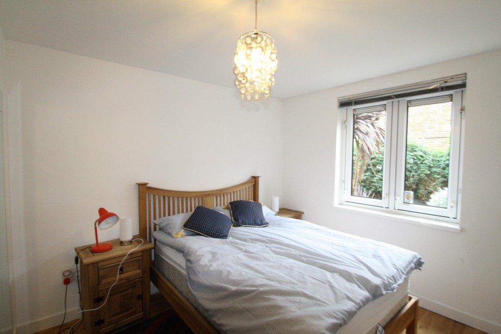 Images for Belfont Walk, Holloway EAID:c8d5f0ae42d594d169bca90f3b8b041a BID:1