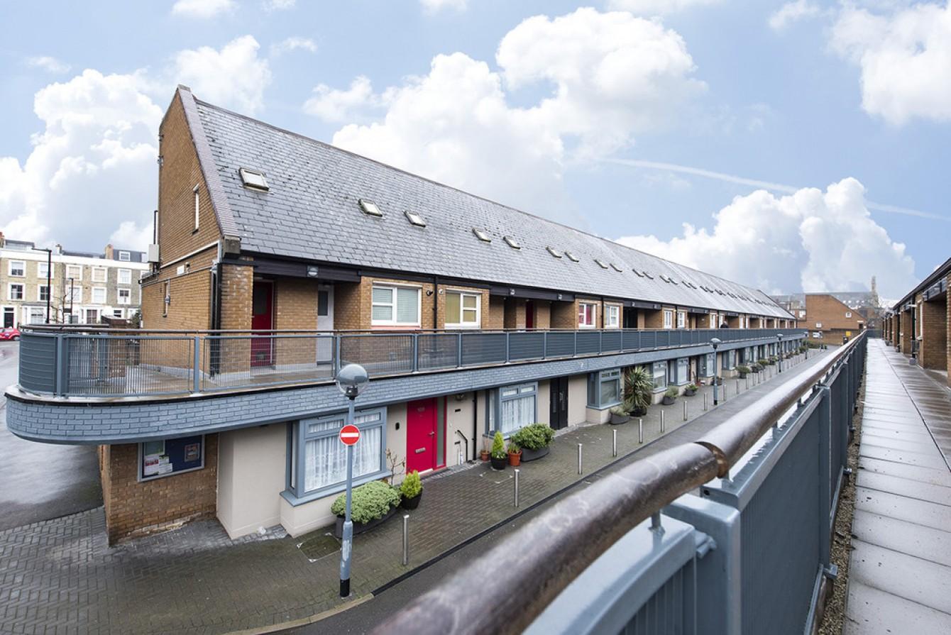 Images for Vulcan Way, London EAID:c8d5f0ae42d594d169bca90f3b8b041a BID:1