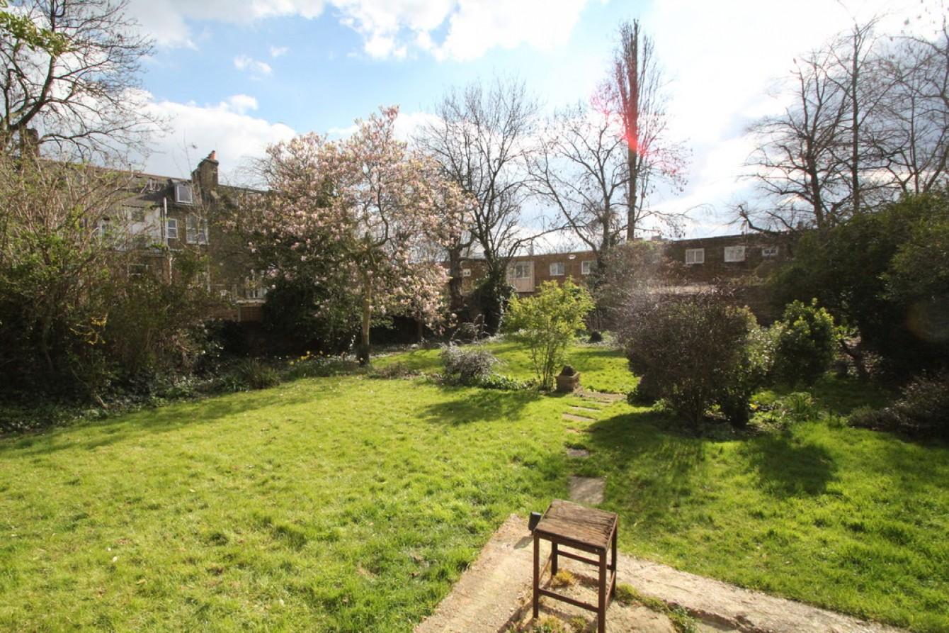 Images for Wartlers Close, Holloway, London EAID:c8d5f0ae42d594d169bca90f3b8b041a BID:1