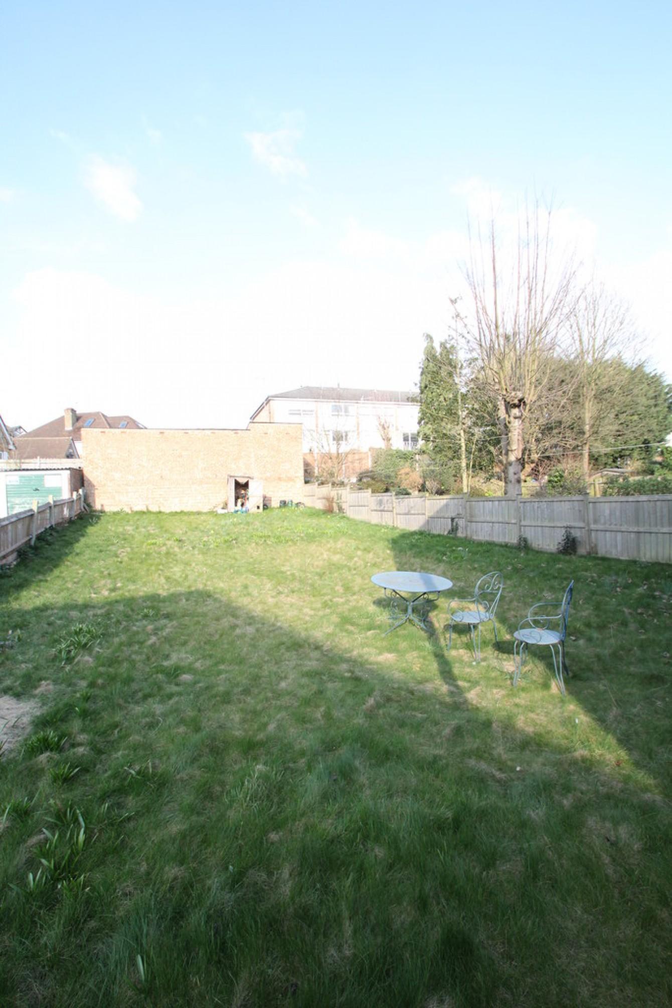 Images for West Finchley, London EAID:c8d5f0ae42d594d169bca90f3b8b041a BID:1