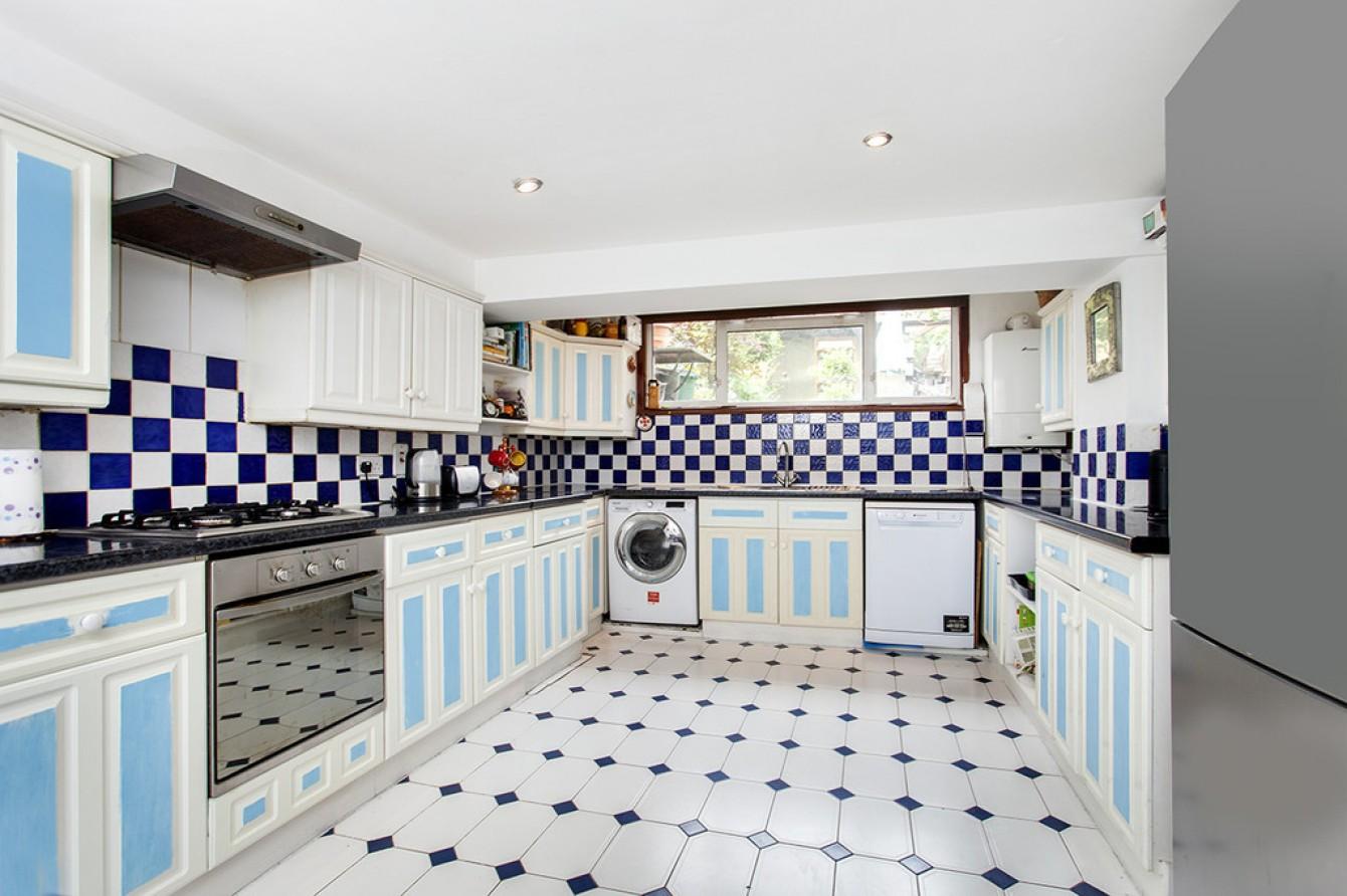 Images for Tavistock Terrace, London EAID:c8d5f0ae42d594d169bca90f3b8b041a BID:1