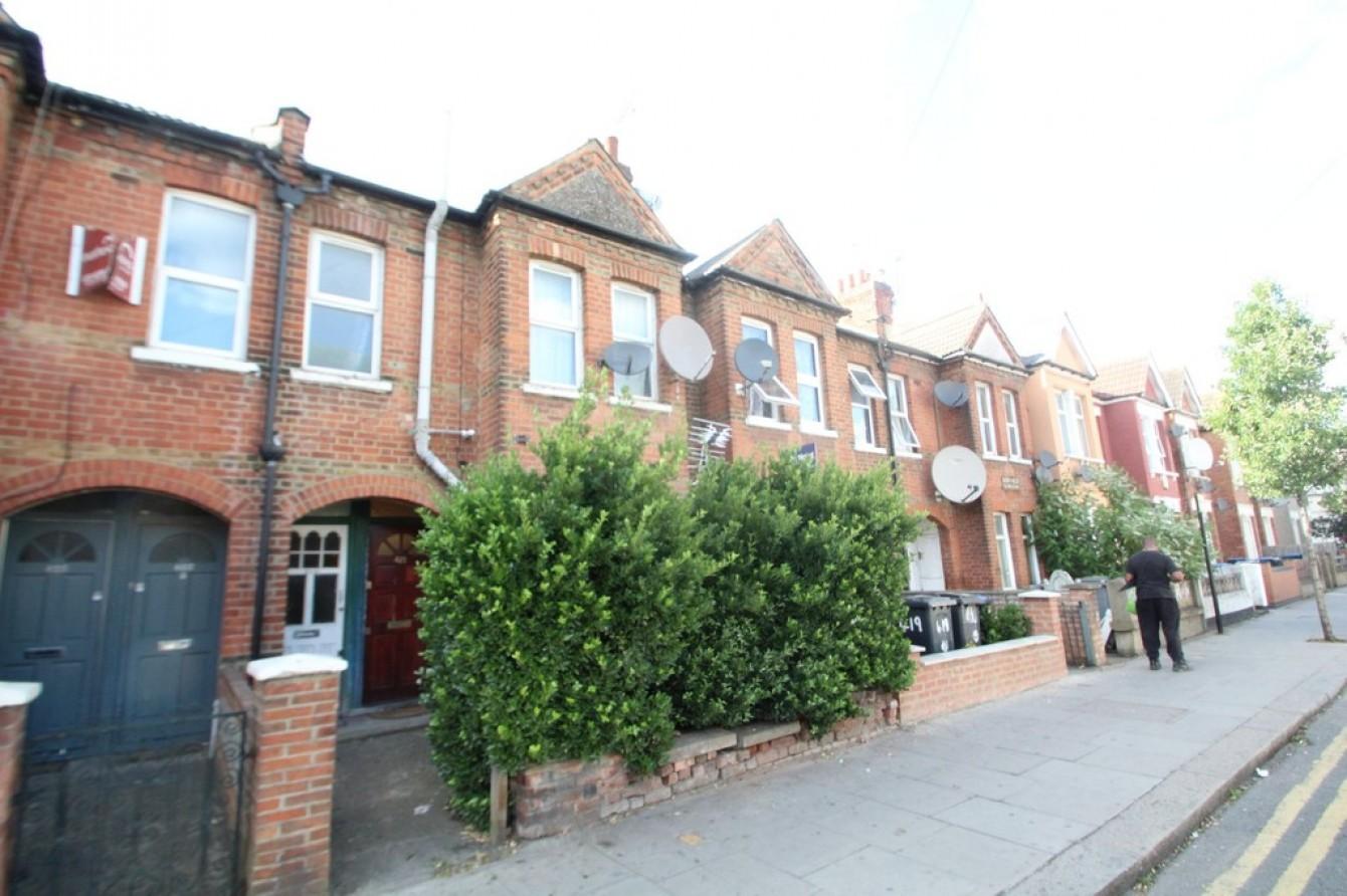 Images for Chapter Road, Dollis Hill, London EAID:c8d5f0ae42d594d169bca90f3b8b041a BID:1
