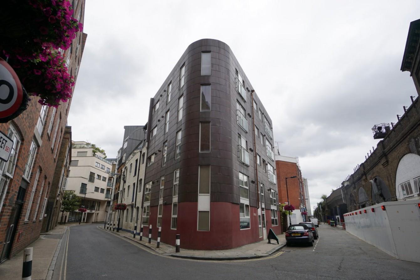 Images for Shad Thames, London EAID:c8d5f0ae42d594d169bca90f3b8b041a BID:1