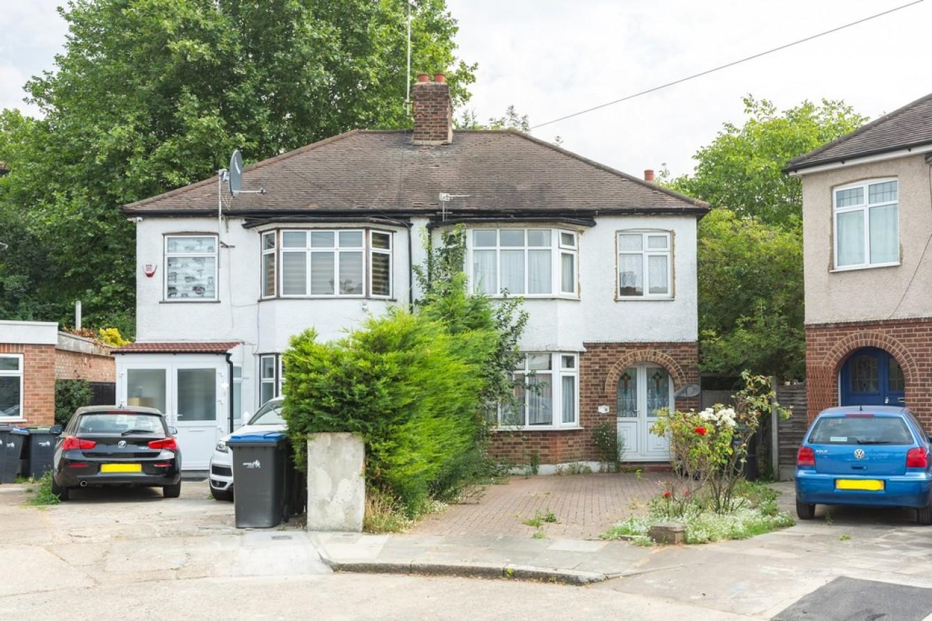 Images for Warren Crescent, London EAID:c8d5f0ae42d594d169bca90f3b8b041a BID:1